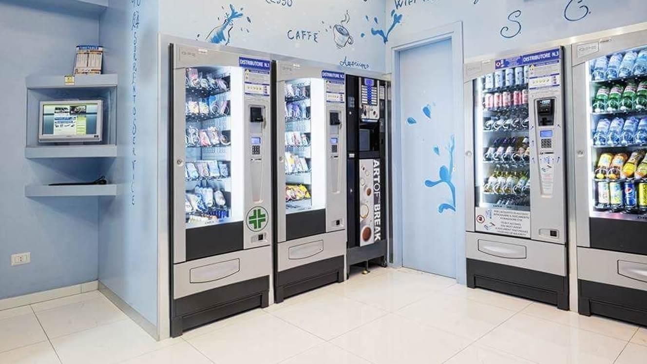 Hai uno spazio commerciale? Entra nel business dei distributori automatici h24